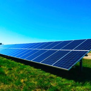 New hybrid device can both capture and store solar energy
