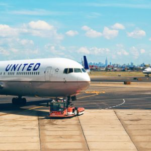 United Airlines invests in carbon-capture project to be 100% green by 2050