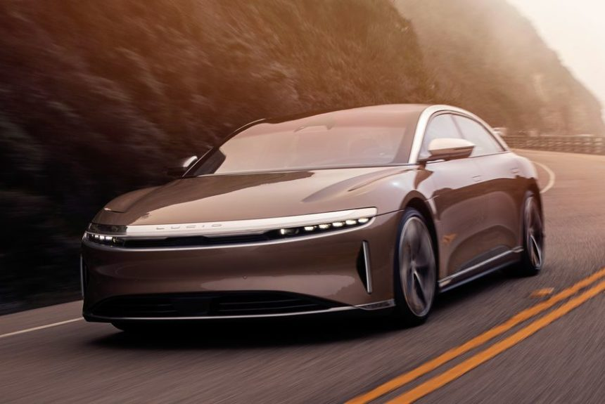 What Range Anxiety? Electric Lucid Air Snags Record 520-Mile Per Charge EPA Rating