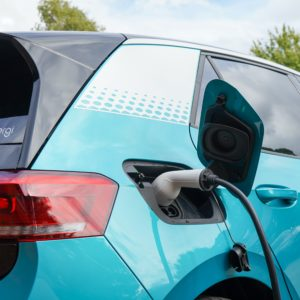 For Longer-Range EVs, a Cousin of Silicon Makes a Material Difference